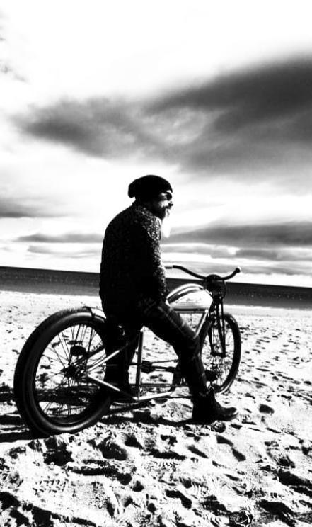 Jan cycles blanco y negro custom bike indian motorcycle copia
